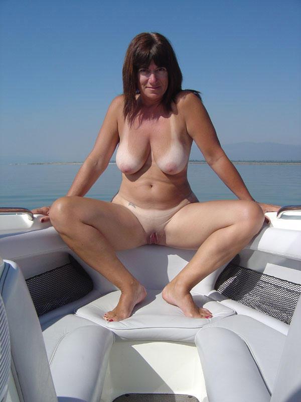 Boobs on Beach - Beach Blonde Porn; Amateur Beach