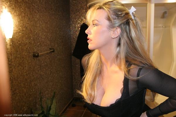 Wifey's World; Blonde MILF Hot Erotic Wife