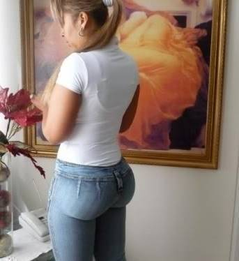 tight Jeans non nude