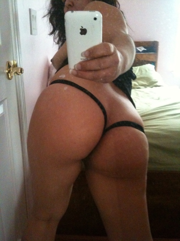 iPhone and Little Thong; Amateur Ass Babe Panties