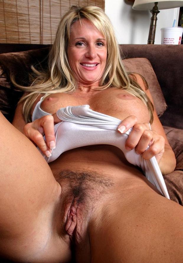 sweet; Amateur Blonde Girlfriend Mature Milf Pussy