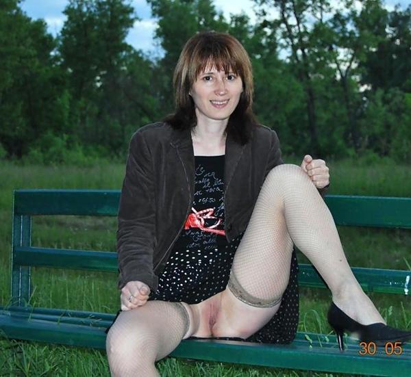 No Panties Upskirt Upskirt Pussy Porn; Amateur Public