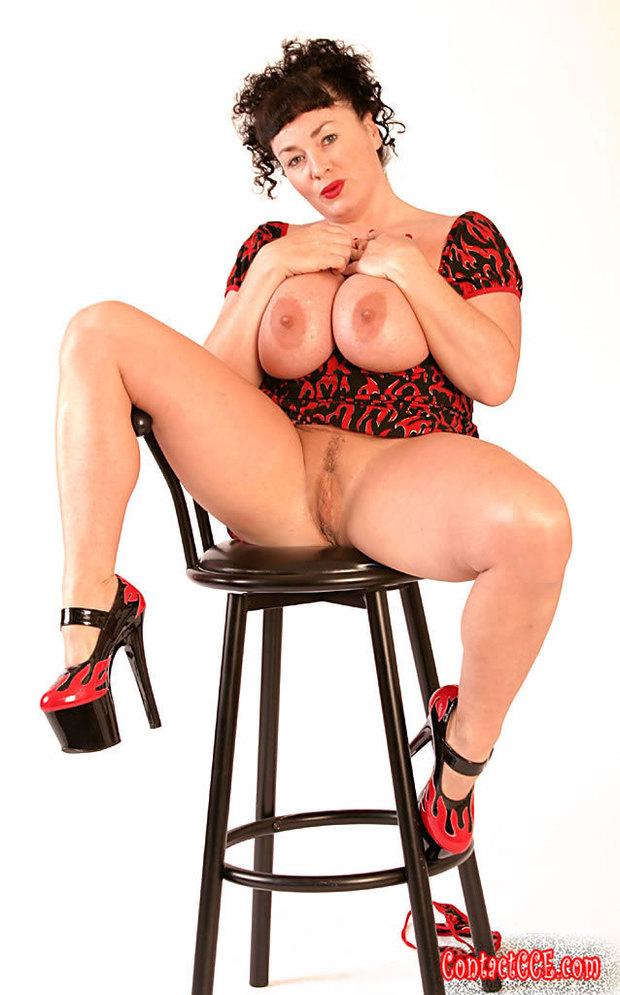 photo Amateur BBW Big Tits Brunette Mature MILF 524476653 Justin Long