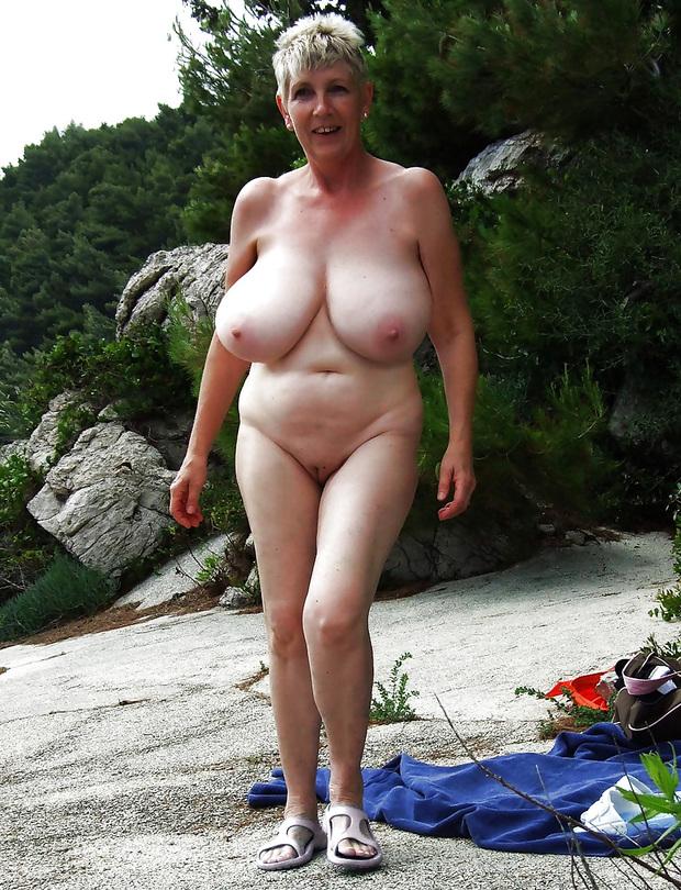 голые старухи на фото