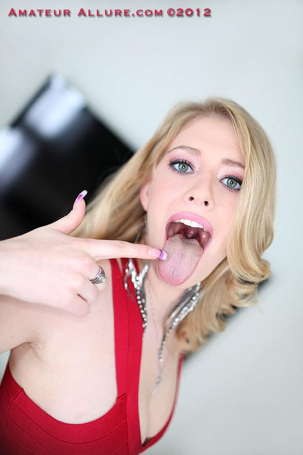 ...; Babe Blonde